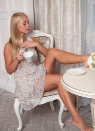Gloris, 23 years old Russian escort in Florence (Florencia)